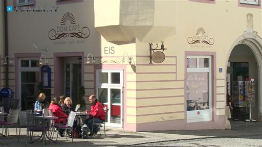 Filmreportage zu Dom Café